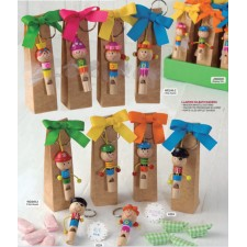 Llaveros SILBATO con caramelos niños invitados