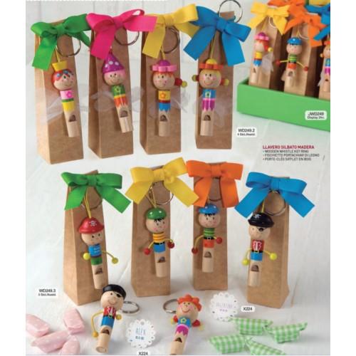 Llaveros silbato con caramelos - Regalos de boda para ninos ...